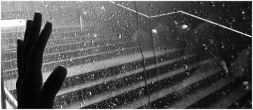y una lluvia tremendamente puta